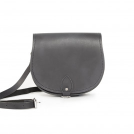 Gweniss Avery Saddle Bag - Premium Vintage Black
